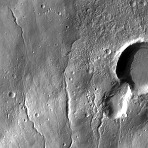 Hecates Tholus (THEMIS_IOTD_20140612)