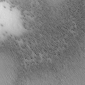 Linear south polar textures (THEMIS_IOTD_20141007)
