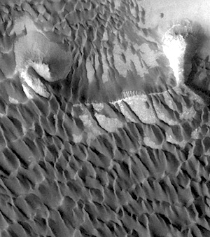 Sea of dunes in Rabe Crater (THEMIS_IOTD_20150218)