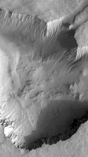 Asimov Crater (THEMIS_IOTD_20150327)