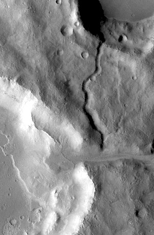 Icaria channel and delta (THEMIS_IOTD_20150701)