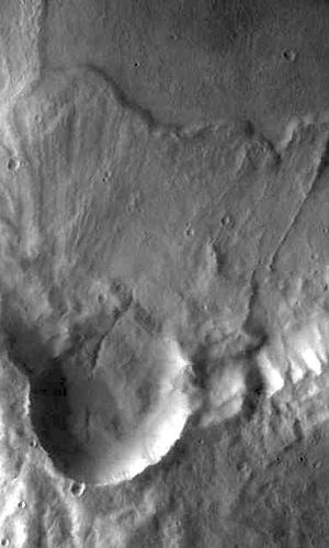 Debris ejected from impact crater (THEMIS_IOTD_20150826)
