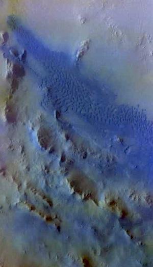 Dunefield in Pettit Crater (THEMIS_IOTD_20150917)