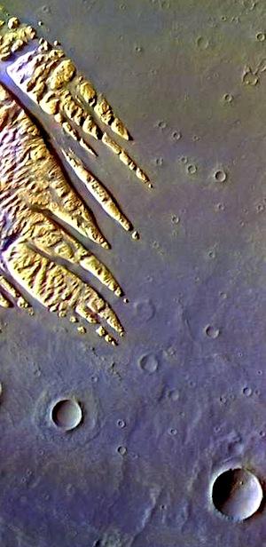 Wind-eroded mound Pollock Crater (THEMIS_IOTD_20150916)