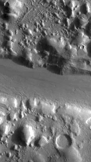 Phlegra Montes hill divided (THEMIS_IOTD_20151207)