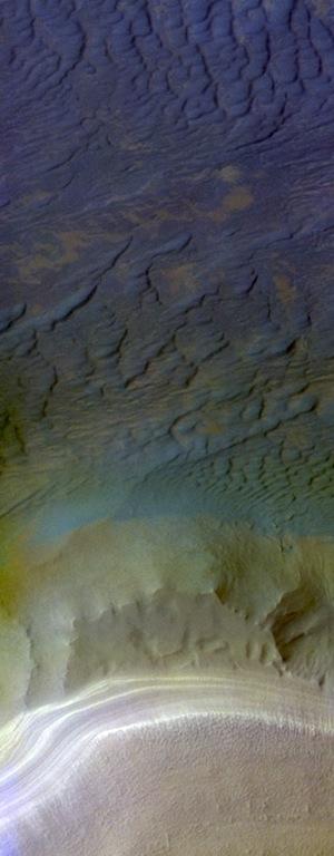 Southern polar dunes 2 (THEMISIOTD_20151204)