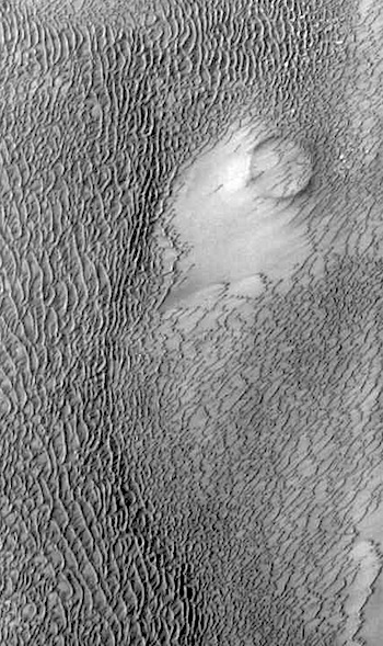 Sand dunes besiege ancient crater (THEMIS_IOTD_20160706)