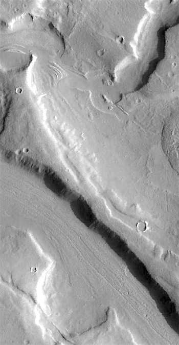 Glacier-choked Mamers Valles (THEMIS_IOTD_20160823)
