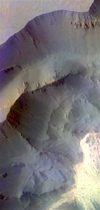 Slumps and slides in Juventae Chasma (THEMIS_IOTD_20160913)