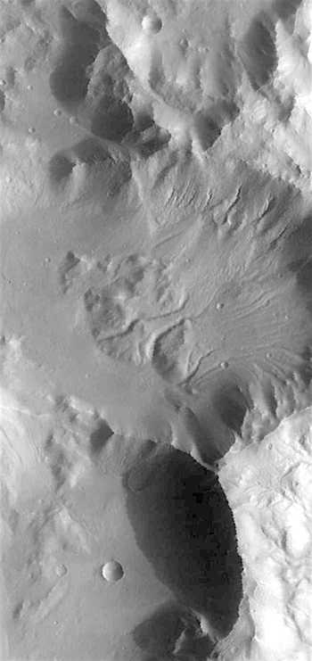 Gullies slides and slumps in Terra Sirenum