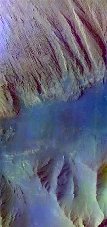 Layered deposits in Ophir Chasma (THEMIS_IOTD_20161014)