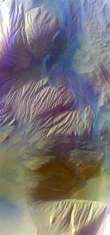 Eroded deposits in Ophir Chasma (THEMIS_IOTD_20161123)