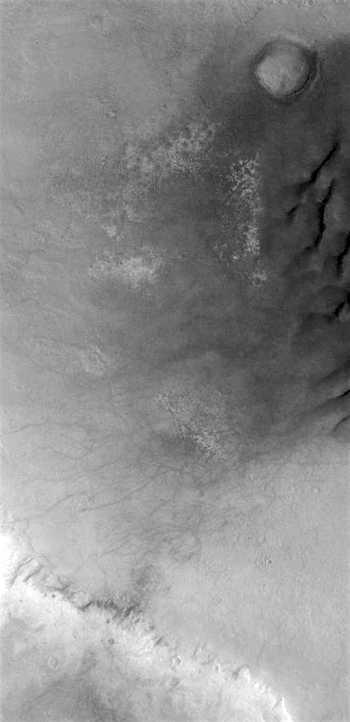 Active dune field in Noachis Terra (THEMIS_IOTD_20170110)