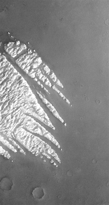 Pollack Crater mound (THEMIS_IOTD_20160124)