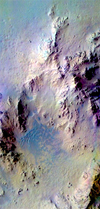 Rugged central peaks of Hale Crater (THEMIS_IOTD_20170119)