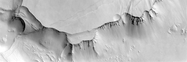 Noctis_Labyrinthus_stereo_pair