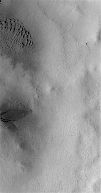 Sand in Cimmeria (THEMIS_IOTD_20170404)