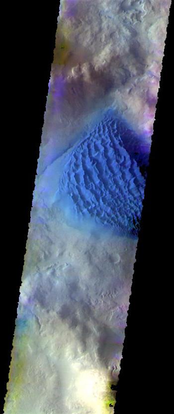 Matara Crater dunes in false color (THEMIS_IOTD_20170726)