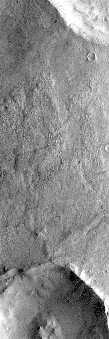 Overlapping crater debris in Terra Sirenum (THEMIS_IOTD_20170717)