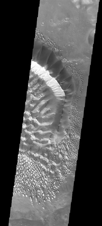 Russell Crater (THEMIS_IOTD_20170731)