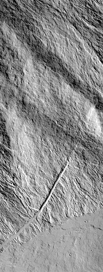 Lava channels and fractures on Ascraeus Mons (THEMIS_IOTD_20170829)