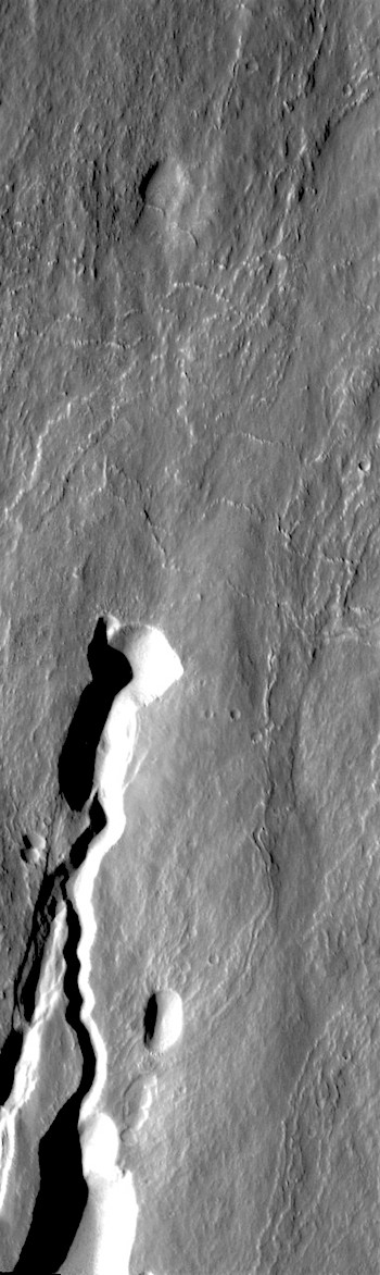 Channel collapse on Ascraeus Mons (THEMIS_IOTD_20170901)