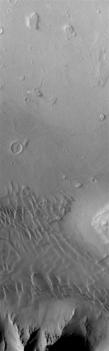 Coprates Chasma dunes (THEMIS_IOTD_20170928)