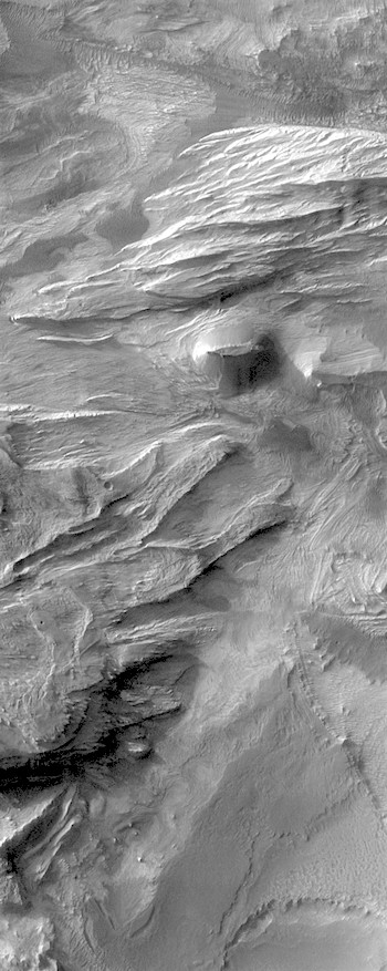 Chaotic deposits in Candor Chasma (THEMIS_IOTD_20180108)