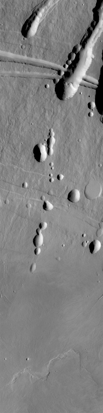 Collapse chains and pits on Arsia Mons (THEMIS_IOTD_20180101)
