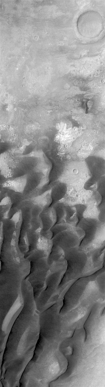 Dunes in transition in Kaiser Crater (THEMIS_IOTD_20180129)