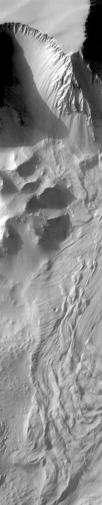 Tithonium Chasma (THEMIS_IOTD_20180205)