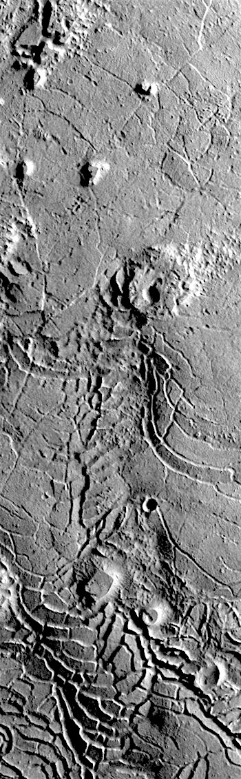 Cracked lava plates in Avernus Colles (THEMIS_IOTD_20180403)