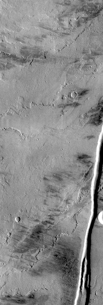 Grooves through lava flows (THEMIS_IOTD_20180521)