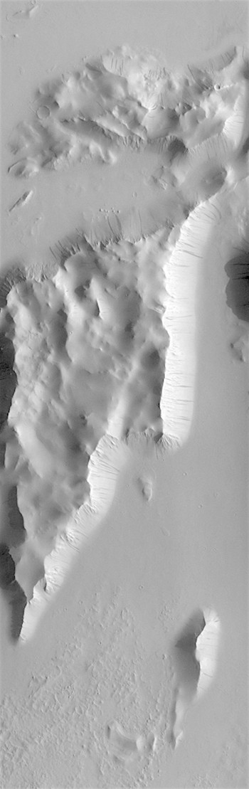 Dark slope streaks in Lycus Sulci (THEMIS_IOTD_20180614)
