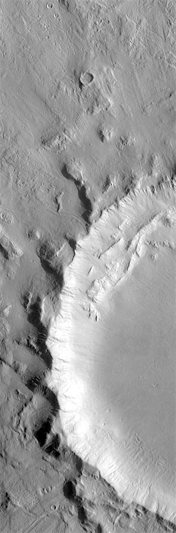 Impact blast scars in crater rim (THEMIS_IOTD_20180612)