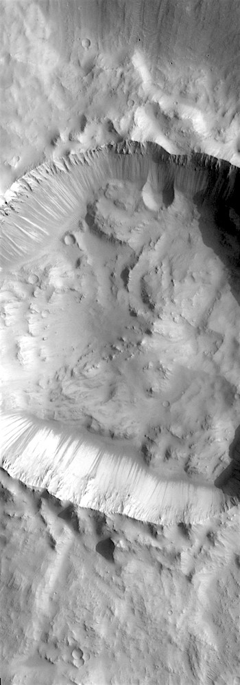 Slope streaks in a crater (THEMIS_IOTD_20180622)