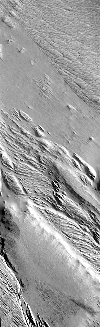 Wind-etched Medusae Fossae formation (THEMIS_IOTD_20180611)