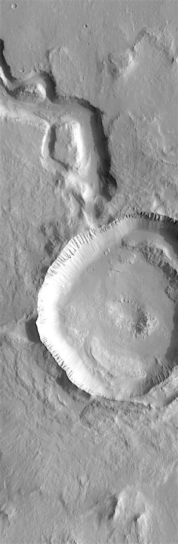 Hephaestus Fossae crater (THEMIS_IOTD_20180718)