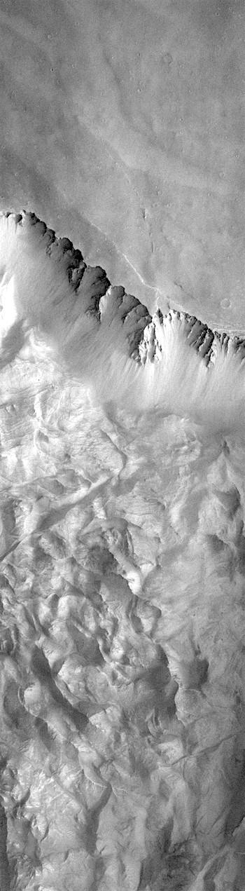 Landslide in Melas Chasma (THEMIS_IOTD_20181029)