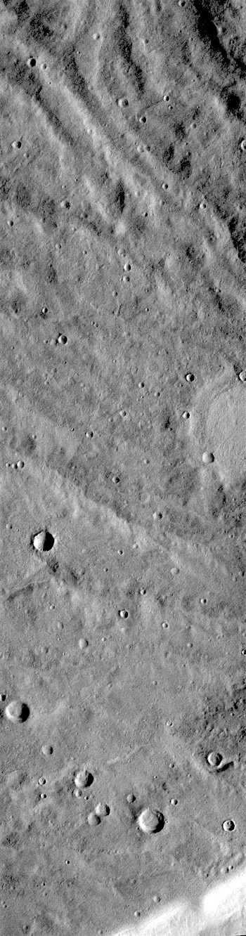 Channels flowing from a ridge (THEMIS-IOTD-20181109)