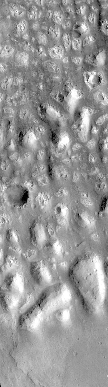 Hills in Terra Cimmeria (THEMIS_IOTD_20181121)