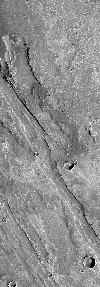 Sheets of lava in Solis Planum (THEMIS_IOTD_20181130)