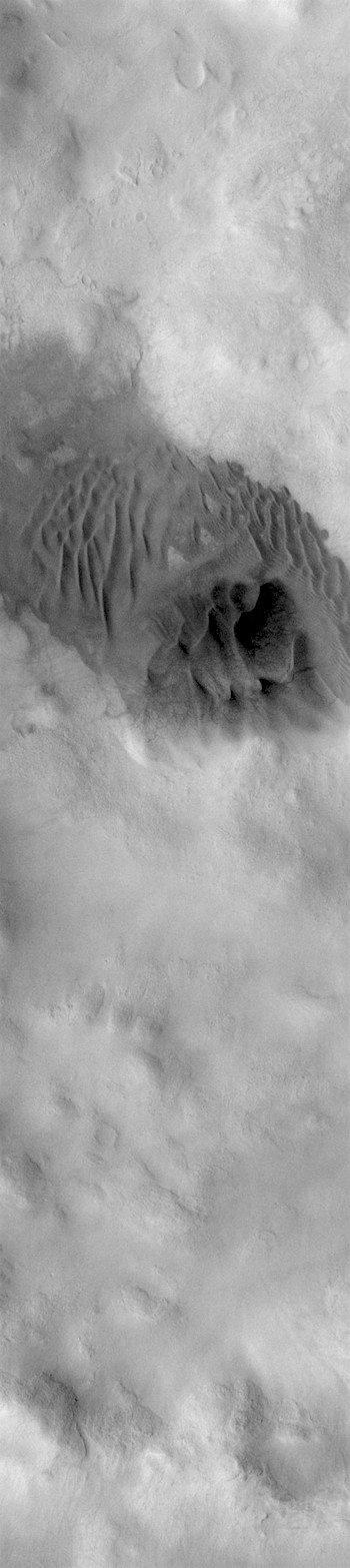 Crater dunes in Noachis (THEMIS_IOTD_20181213)