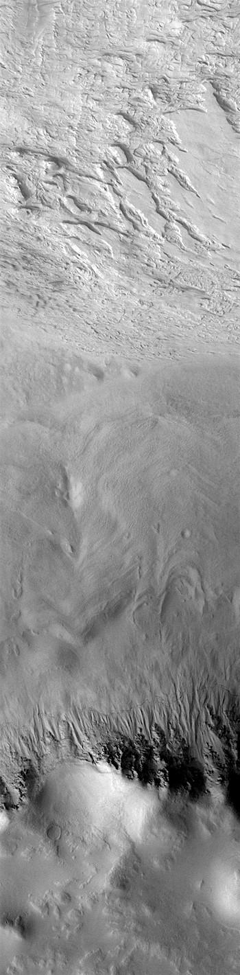 Galle Crater (THEMIS_IOTD_20181205)