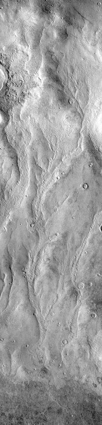 Kaiser Crater gullies (THEMIS_IOTD_20190114)