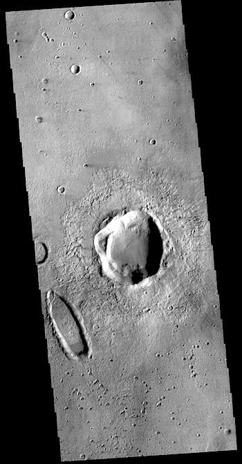 Something odd in Noachis Terra (THEMIS_IOTD_20190109)