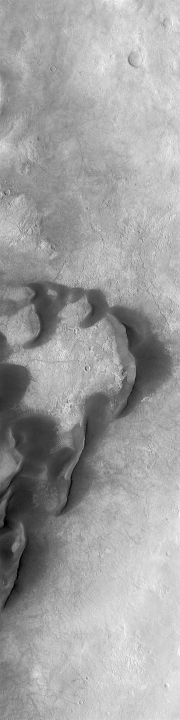 Kaiser Crater dunes (THEMIS_IOTD_20190215)