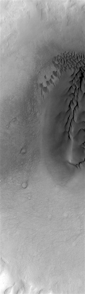 Noachis crater dunes (THEMIS_IOTD_20190208)