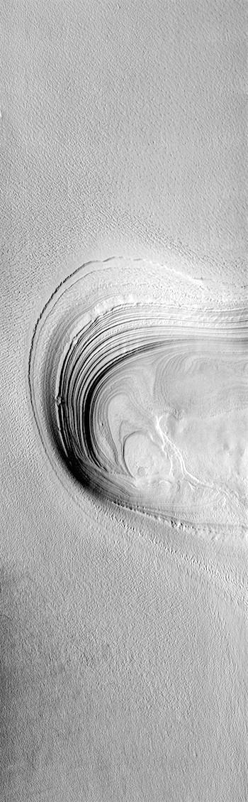 Polar layers (THEMIS_IOTD_20190204)