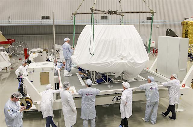 ExoMars_surface_platform_packed_for_Europe